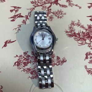 Silver Gucci Watch